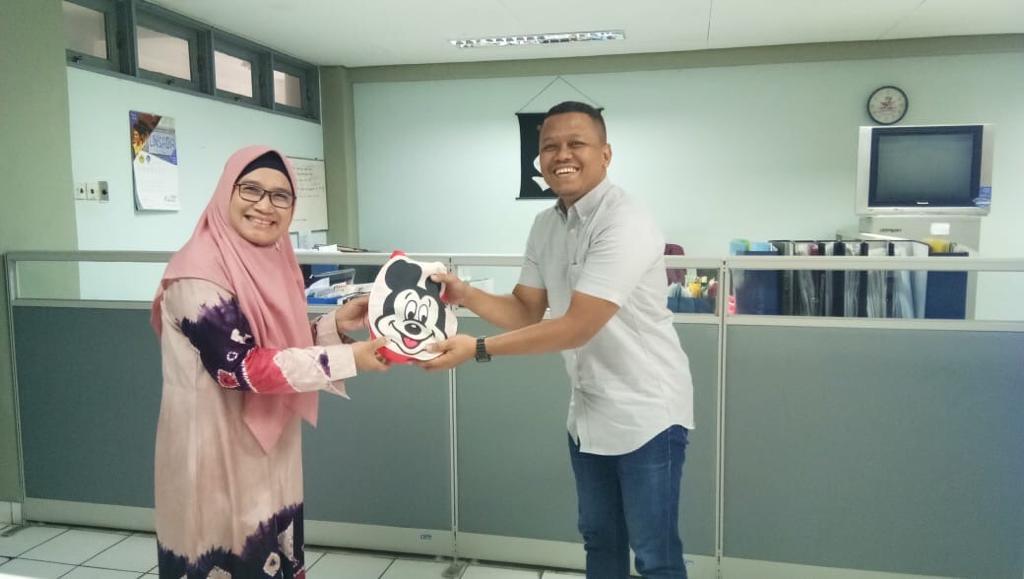 Hari ke-104 Dapat Hadiah Lomba Desain Kartu Anggota | ジャパネシア